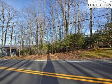 728 Pine Ridge Road Beech Mountain, NC 28604 - Image 1