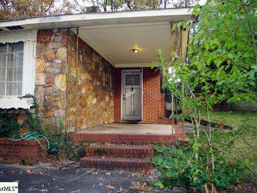 19 Granada Drive Greenville, SC 29605 - Image 1