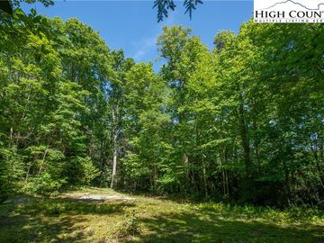 61-R Raven Ridge Road Banner Elk, NC 28604 - Image 1