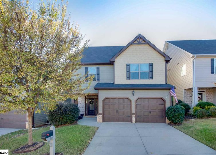 124 River Valley Lane Greenville, SC 29605