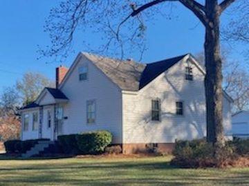 201 Pine Street Clinton, SC 29325 - Image 1