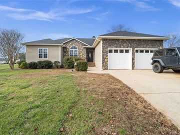 182 S Gibbs Road Mooresville, NC 28117 - Image 1
