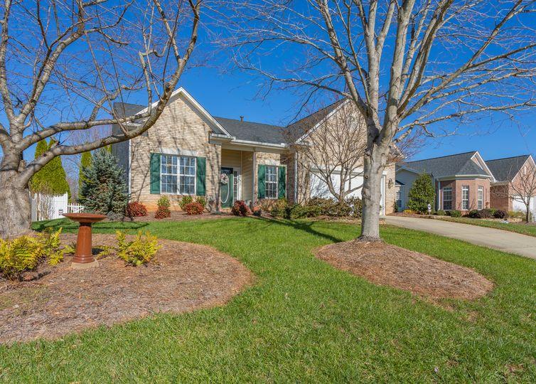 2306 Old Towne Drive Greensboro, NC 27455