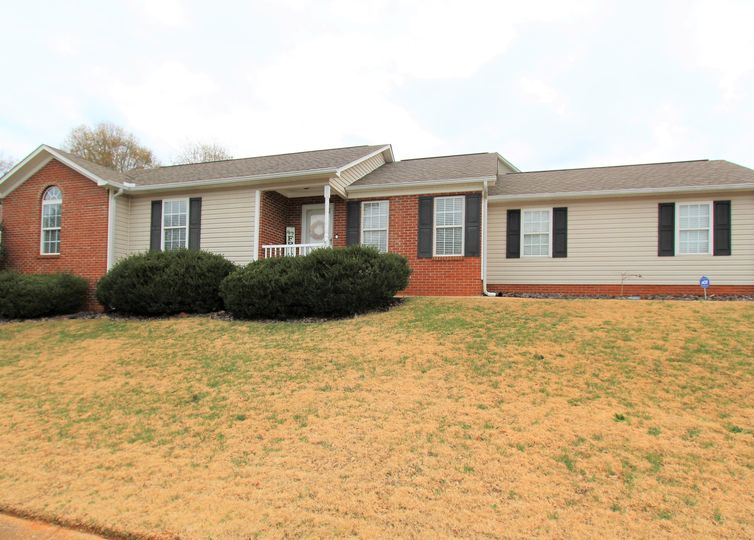 535 Fawn Branch Trail Boiling Springs, SC 29316