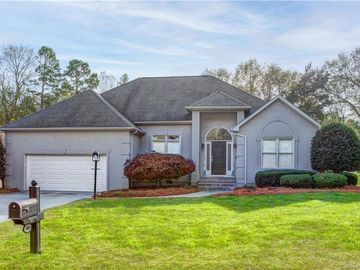 523 River Oaks Lane Charlotte, NC 28226 - Image 1