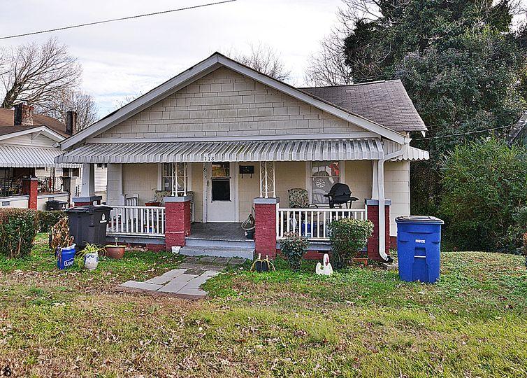 318 W 24th Street Winston Salem, NC 27105