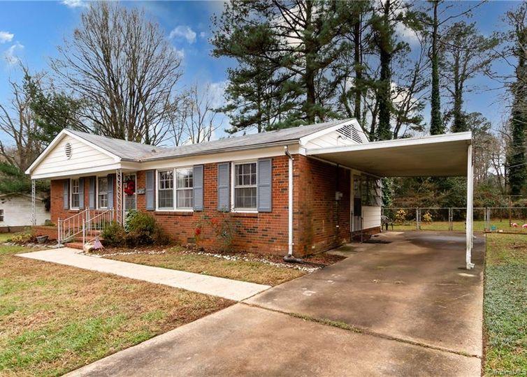 5528 Larchmont Avenue Charlotte, NC 28215