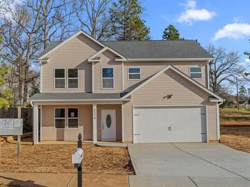 4516 Oakburn Drive Charlotte, NC 28269 - Image 1
