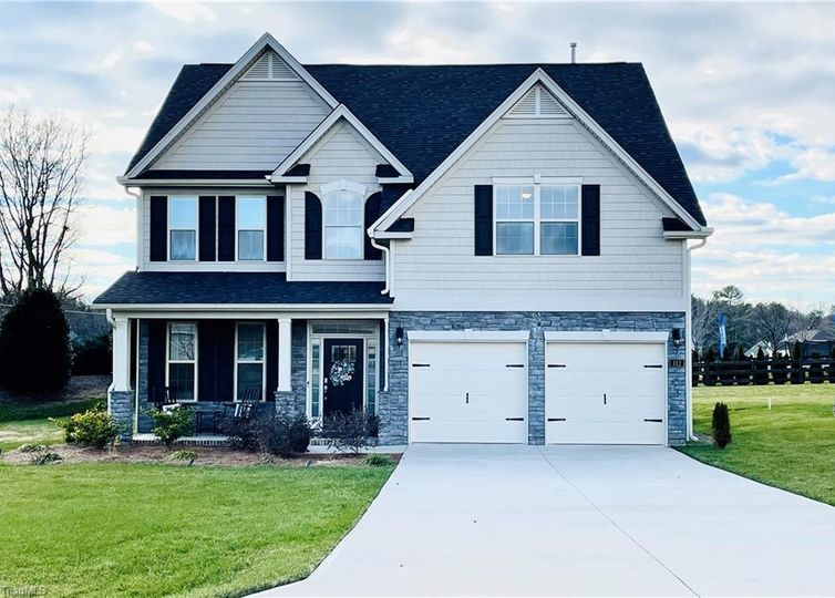 112 Crestbourne Court Stokesdale, NC 27357