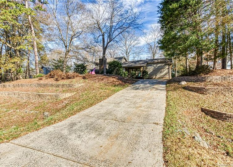11121 Winding Way Road Charlotte, NC 28226