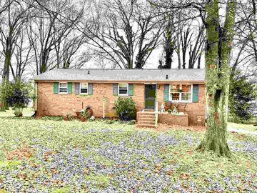 140 Oak Circle Boiling Springs, SC 29316 - Image 1