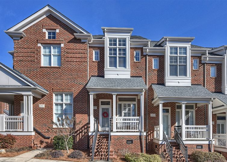 4923 S Hill View Drive Charlotte, NC 28210