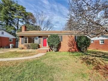 2921 Wicklow Place Charlotte, NC 28205 - Image 1