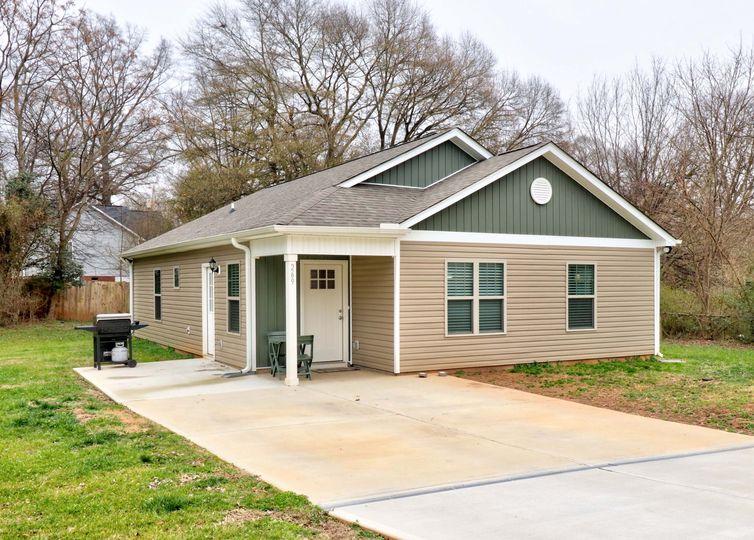 269 Georgia Street Concord, NC 28025