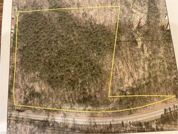 326 Lake Road Thomasville, NC 27360 - Image 1