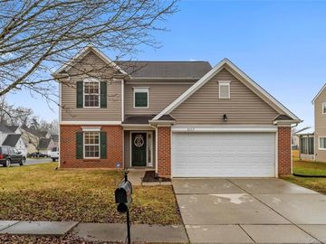 8113 Belmont Stables Drive Charlotte, NC 28216 - Image 1