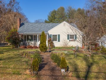 331 Carolina Circle Winston Salem, NC 27104 - Image 1