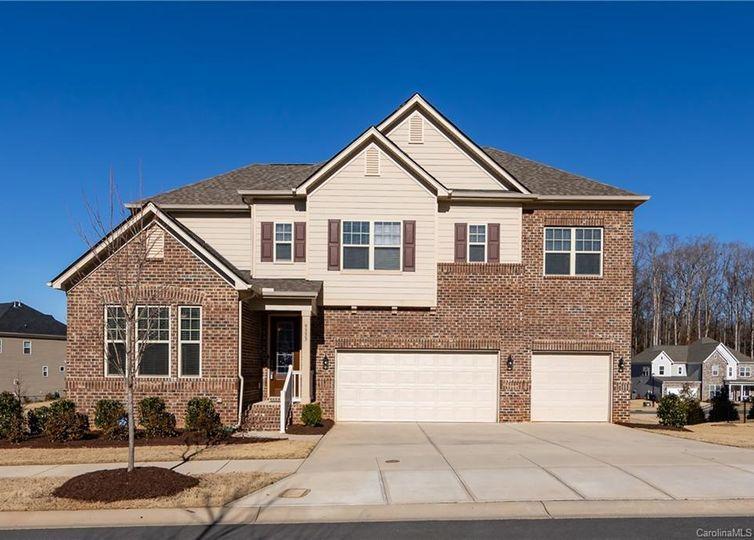 9333 Hightower Oak Street Huntersville, NC 28078