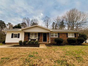 180 Fremont Loop Mooresville, NC 28115 - Image 1