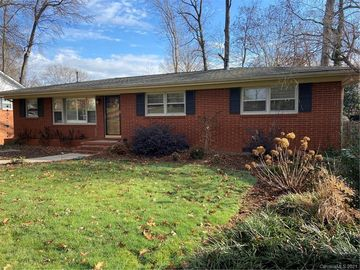 5821 Brookhaven Road Charlotte, NC 28210 - Image
