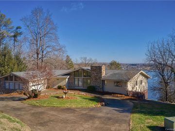 2020 Fairview Road Shelby, NC 28150 - Image 1