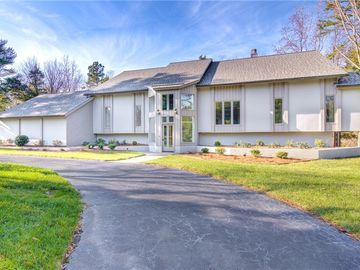 905 Huntsford Terrace Thomasville, NC 27360 - Image 1