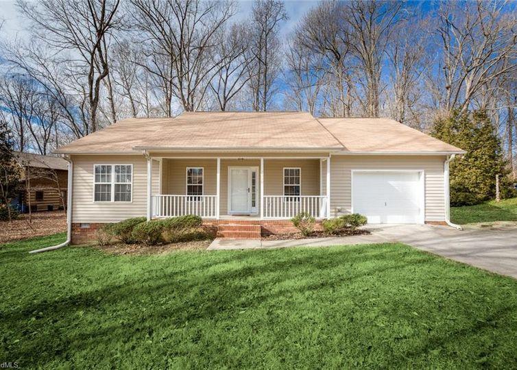 2310 Rothwood Acres Road Greensboro, NC 27406