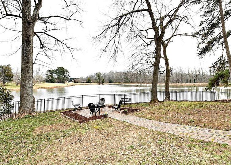 2515 Lake Forest Drive Winston Salem, NC 27106