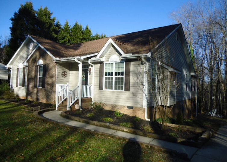186 Blue Bird Road Madison, NC 27025