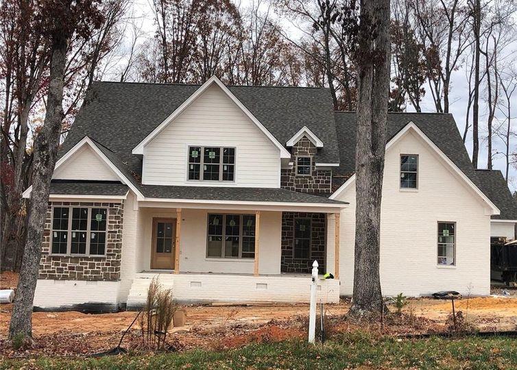 1100 Hayes Farm Drive Summerfield, NC 27358
