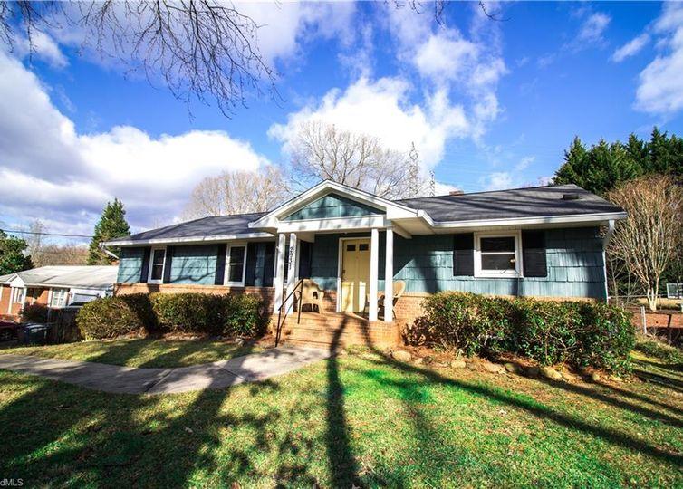 2931 Woodworth Drive Winston Salem, NC 27103
