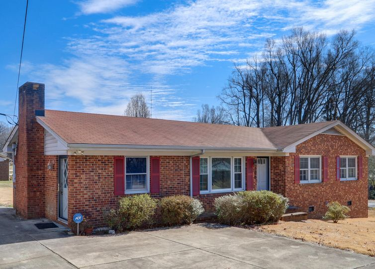 5209 Audrey Road Greensboro, NC 27406