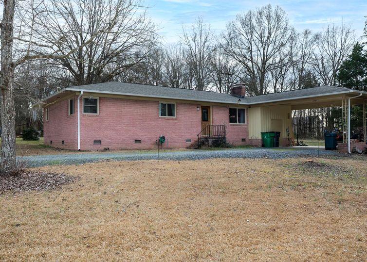13001 Steele Creek Road Charlotte, NC 28273