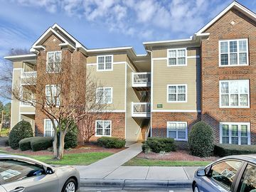 9811 Campus Walk Lane Charlotte, NC 28213 - Image 1