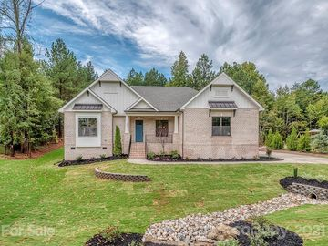 620 Highland Ridge Point Lake Wylie, SC 29710 - Image 1