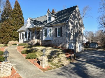 6145 Parkdale Drive Clemmons, NC 27012 - Image 1