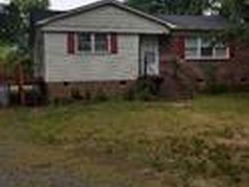 5405 Hilltop Circle Charlotte, NC 28269 - Image 1
