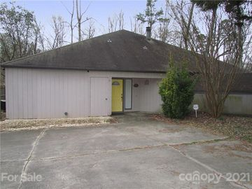 2830 Huntingtowne Farms Lane Charlotte, NC 28210 - Image 1