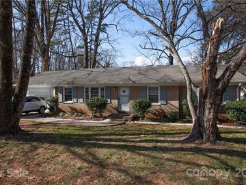 5101 Nevin Road Charlotte, NC 28269 - Image 1