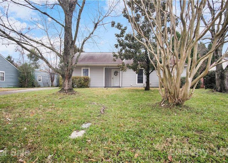 11216 Treebark Drive Pineville, NC 28134