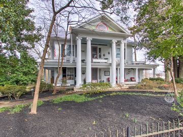 425 E Hendrix Street Greensboro, NC 27405 - Image 1