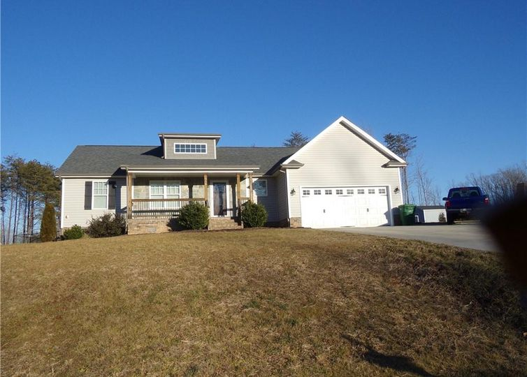 358 Twin Creeks Drive Stokesdale, NC 27357