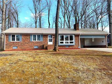 921 Lake Drive W Thomasville, NC 27360 - Image 1