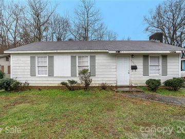 6608 Willow Spring Road Charlotte, NC 28215 - Image 1