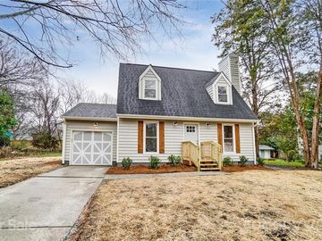 11417 Park Road Charlotte, NC 28226 - Image