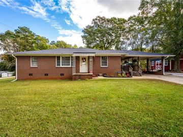 220 Lindsay Road Seneca, SC 29678 - Image 1