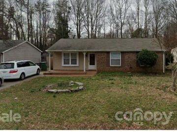 4827 Smokehollow Road Charlotte, NC 28227 - Image