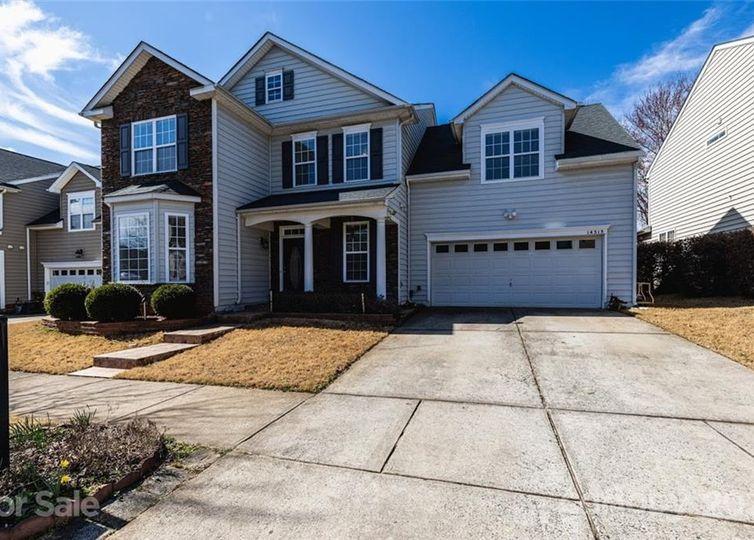 14515 Lyon Hill Lane #11 Huntersville, NC 28078