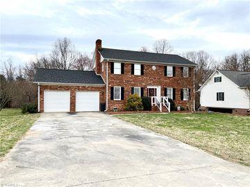 197 Heritage Manor Circle Lexington, NC 27295 - Image 1