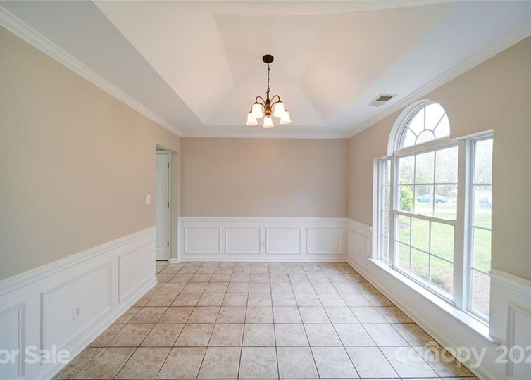 7514 Lullwater Cove photo #1